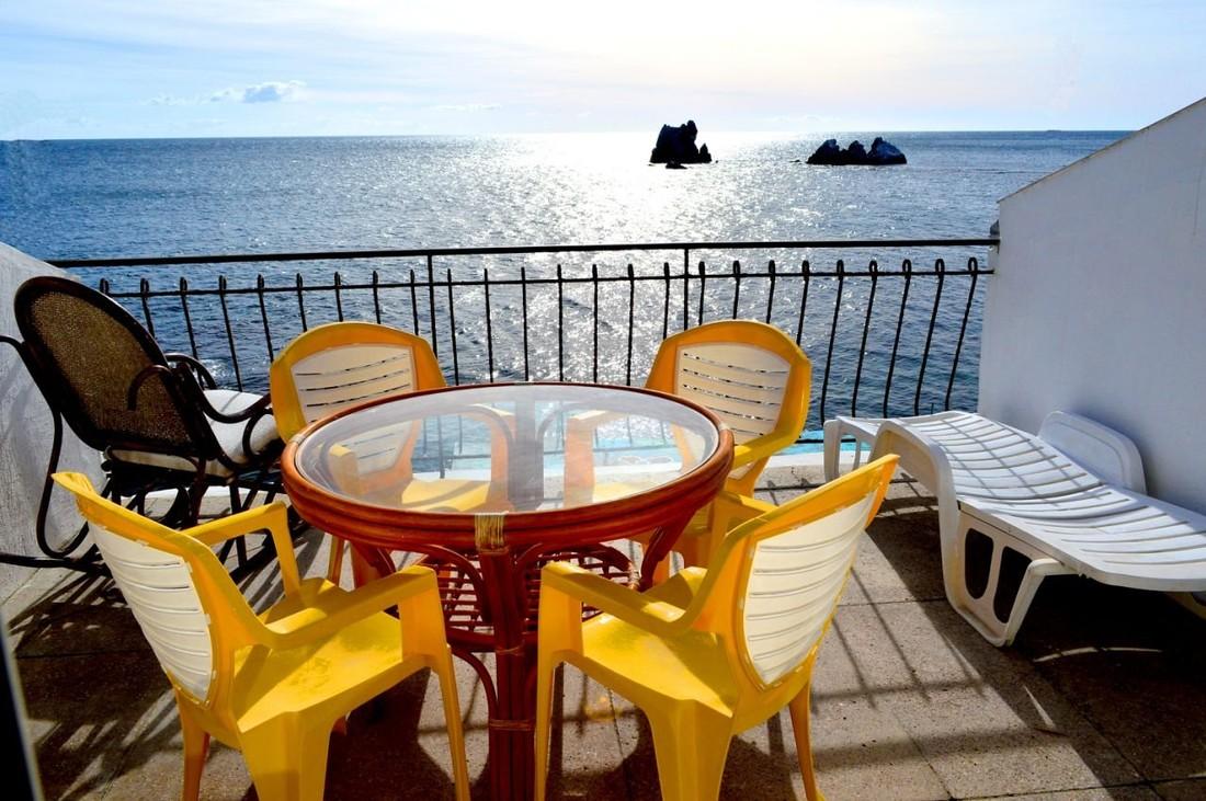 Власти посчитали среднюю цену летнего отдыха в Крыму