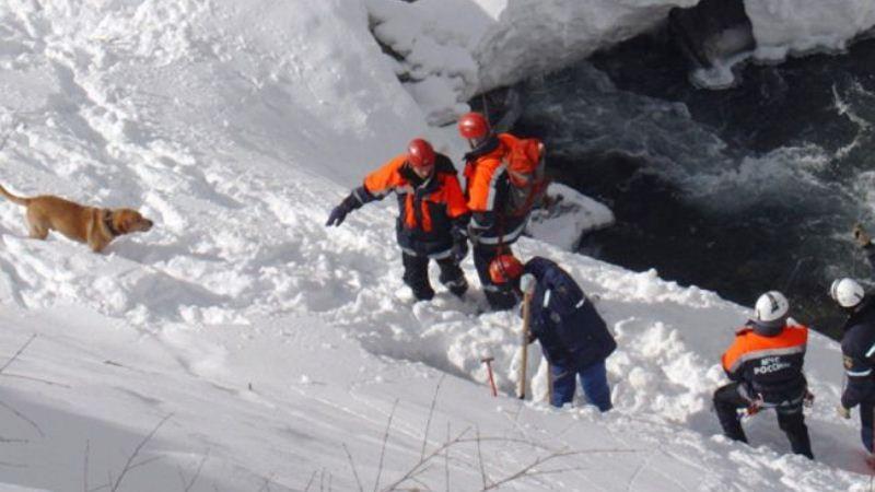На Алтае лавина накрыла группу туристов